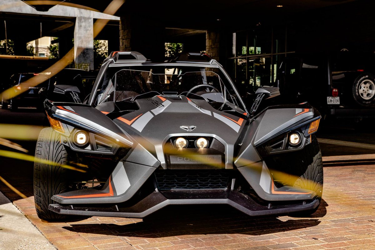The weather is finally getting cooler and reservations will fill up fast!!  Call 214-498-4015 now and take one of our brand new 2018 GT models for a spin. 🏎🤪🏎🤪🏎🤪 #Polaris #slingshot #slingshotrentals #slingshotrentalsdallas #dfwslingshotrentals #polarisoutfitter