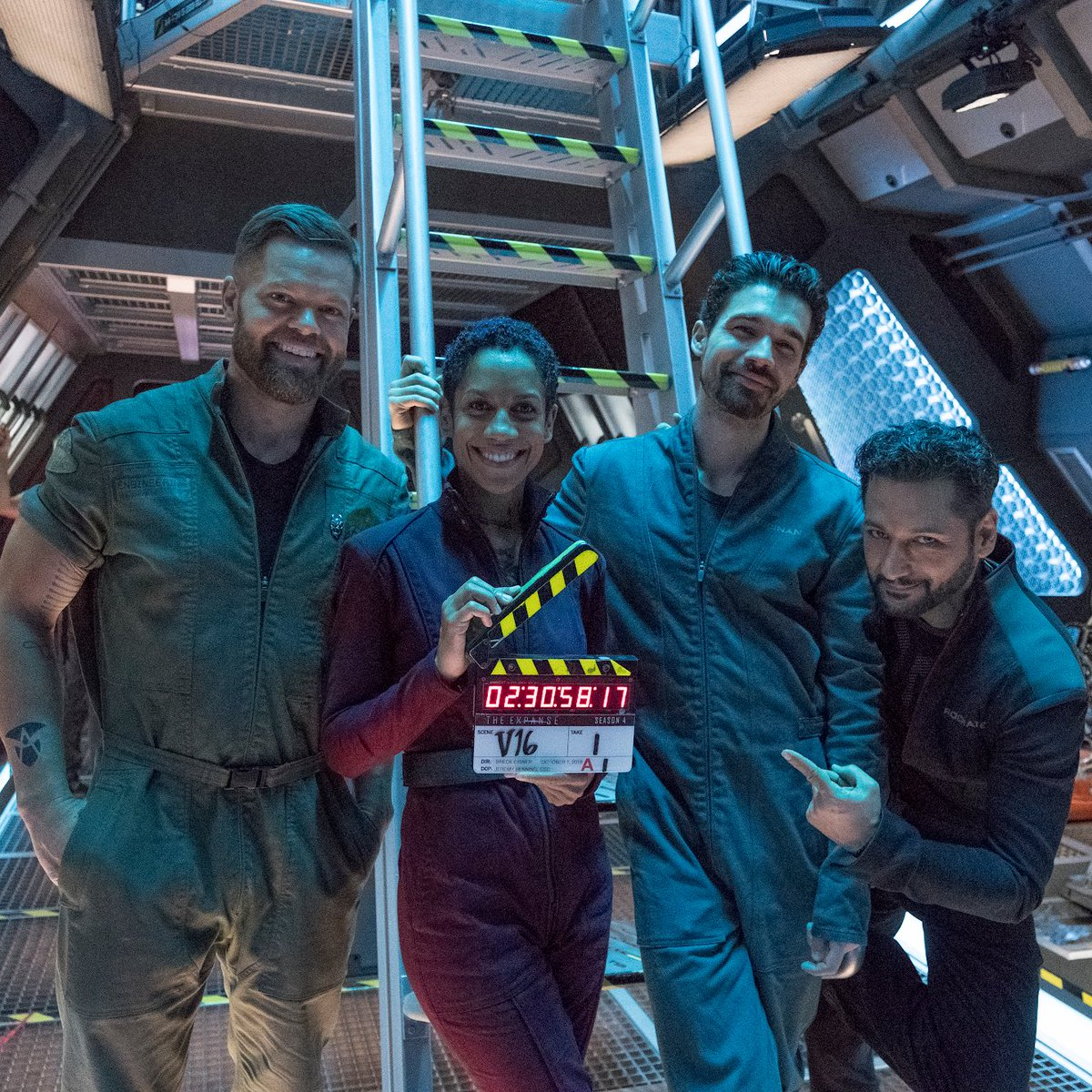 The Expanse (SyFy Original) - Page 2 DoiKx9wV4AAMpD2