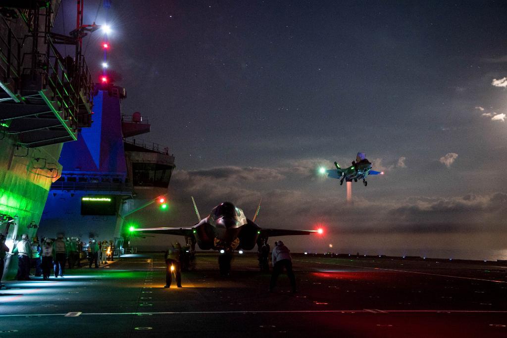 ВПС США провели перше бойове випробування винищувачів-невидимок F-35A в Іраку - Цензор.НЕТ 121