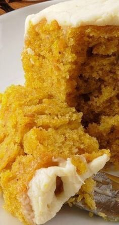 Pumpkin Buttermilk Cake With Cream Cheese Frosting  https://t.co/Ql4PUL0HY5 https://t.co/Z38rbEaCgv