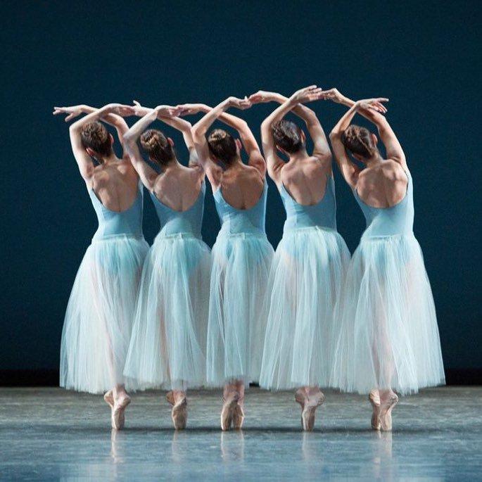 картинки классических танцевальных форм сегодня хочу