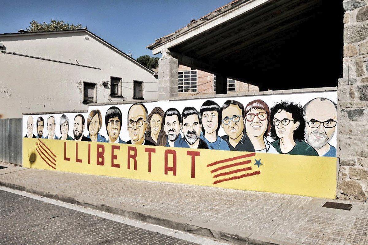 Avis i Àvies per la República's photo on Tribunal