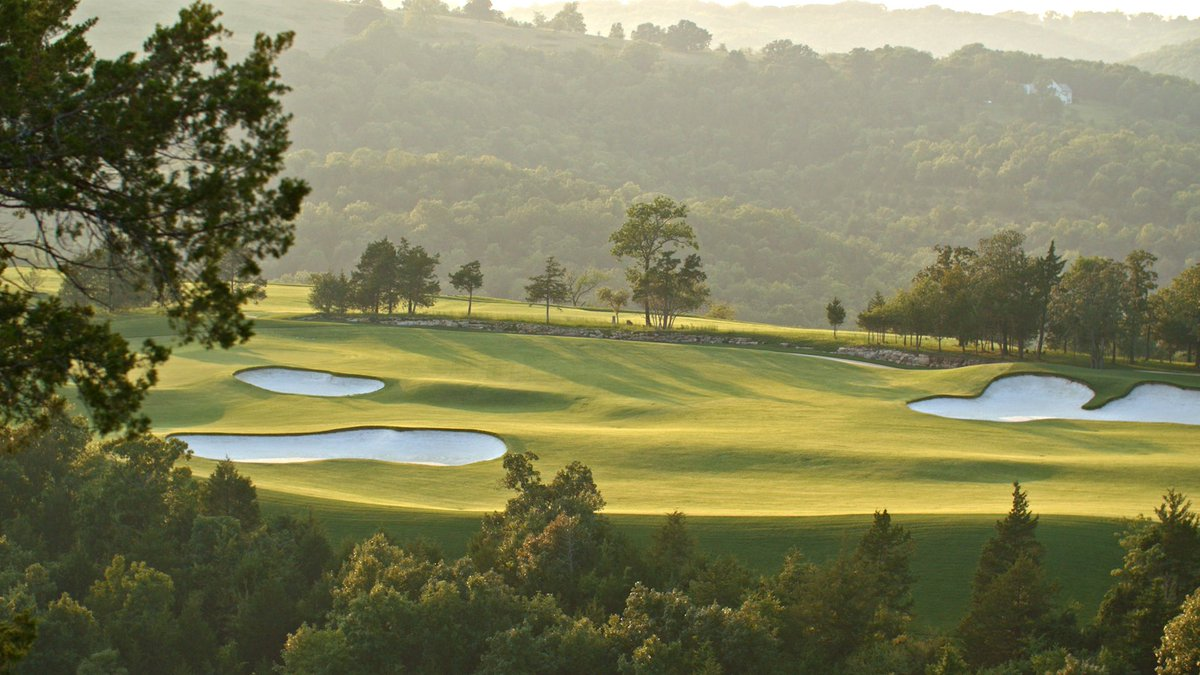 Hole 3 at @TigerWoods and @tgrdesignbytw designed Paynes Valley. Coming to Big Cedar Golf in 2019. #bigcedargolf