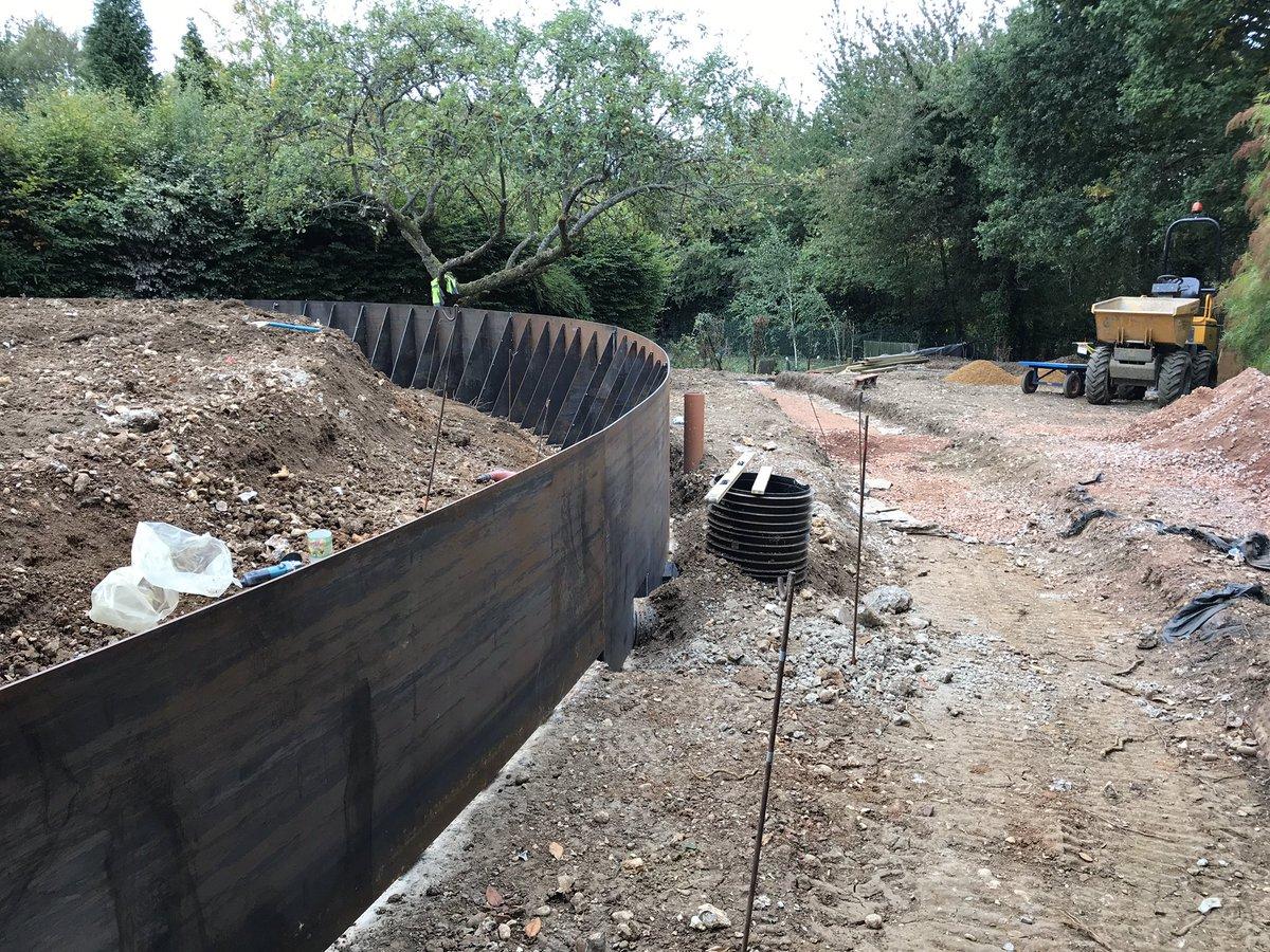 2019 Retaining Wall Cost | Concrete, Stone, Wood & Block ...