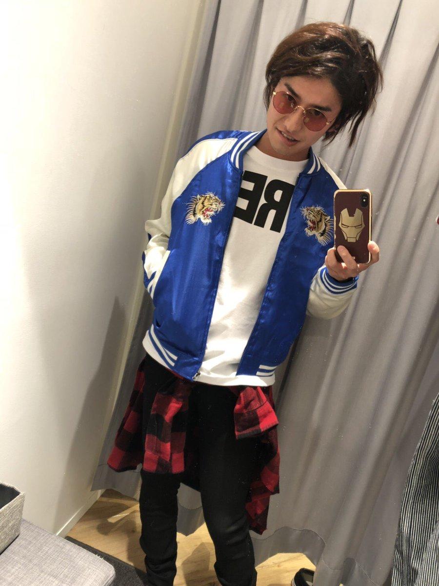 武田の兄貴に 「ハロウィンの仮装の為に買ったんだぜ〜」 って自慢LINEが来ました。。。 こうへいさんも頭万丈にならないか心配です 笑