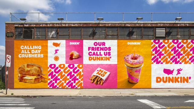 Dunkin' and Oreo take to Twitter for new product announcement bit.ly/2O6zkzL