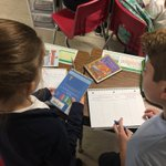 Image for the Tweet beginning: 4th graders collaborating to recognize