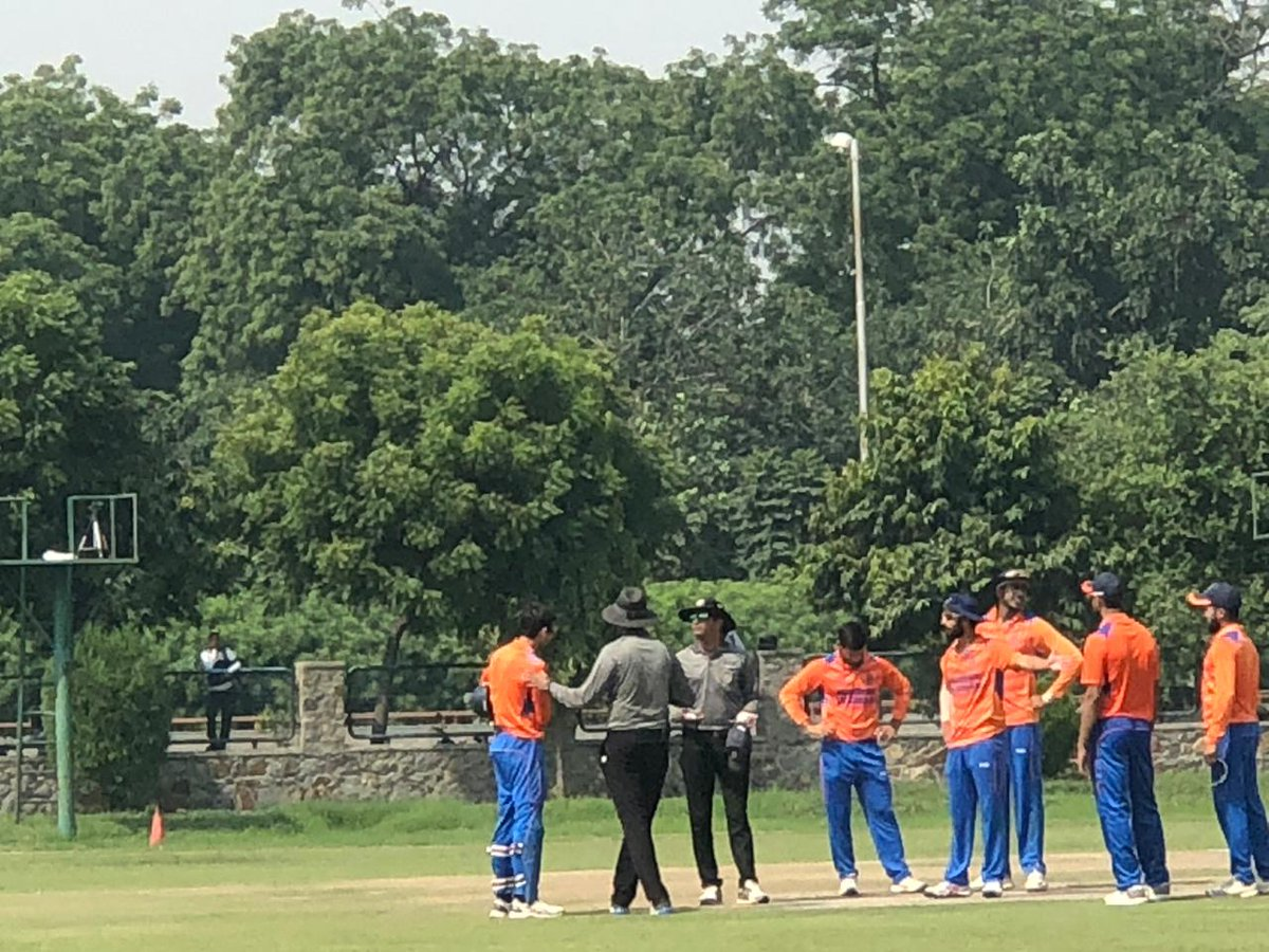 Vijay Hazare Trophy 2018: Naman Ojha Engages in an Ugly Altercation With the Umpires 1