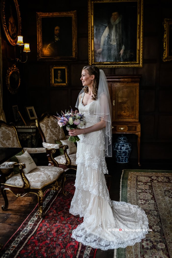 RT @BURLISONphoto A quiet moment for our #bride @LoseleyPark @Loseleyevents