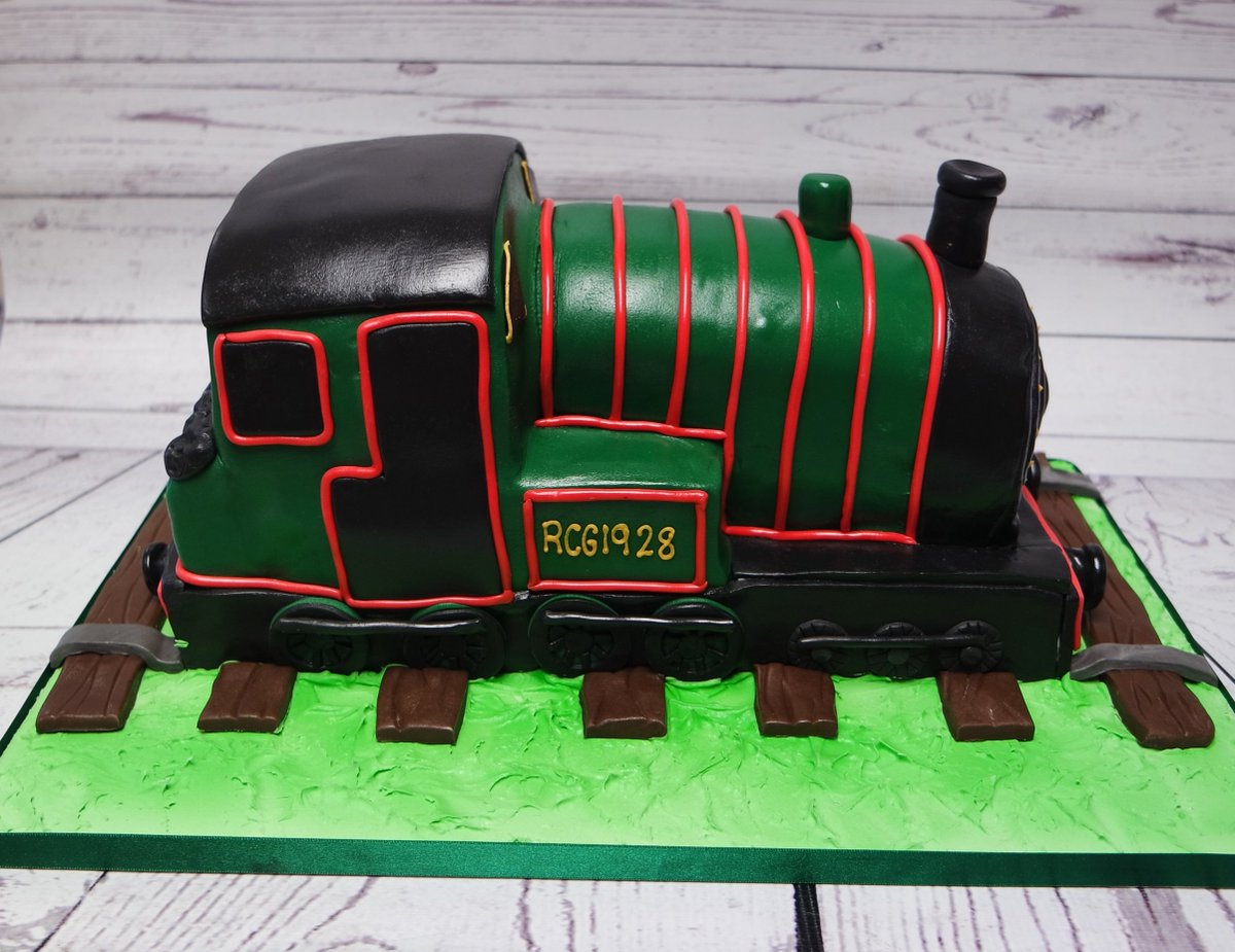 A Steam Train Cake For Very Special 90th Birthday Steamtrain Steamtraincake 90thbirthdaycake Bespokecakeexeter Craftycakeeter Birthdaycake