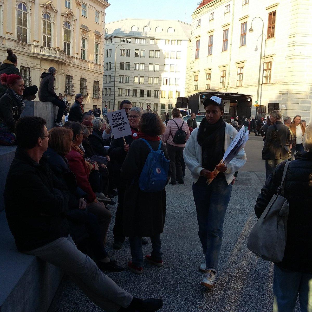 Carsten Zimmermann On Twitter Donnerstag Demo Ballhausplatz