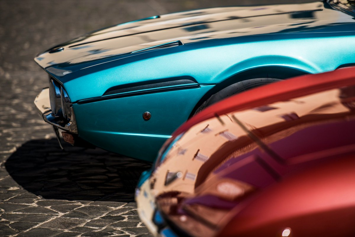 Lamborghini On Twitter It Takes Two Red And Blue Details To