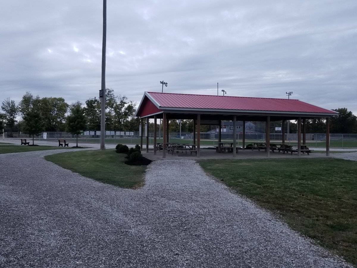 Cg Youth Baseball On Twitter Huge Thanks To Andy Moore His Students From Central Nine Career Center And Mccarty Mulch Stone For Their Combined Efforts To Beautify The Landscaping Around The
