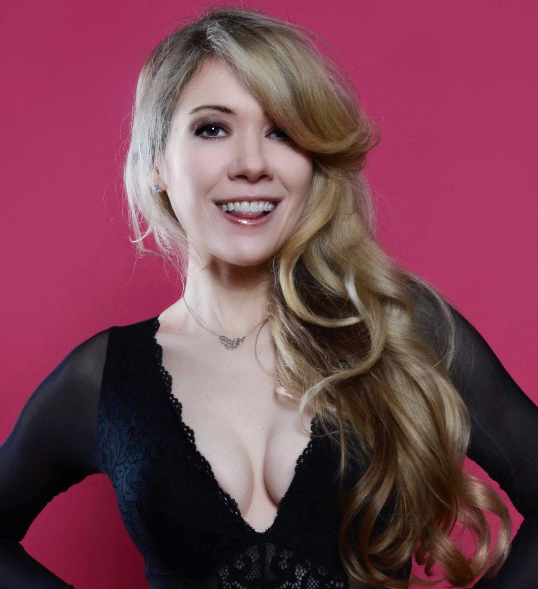 Watch Luana Anders video