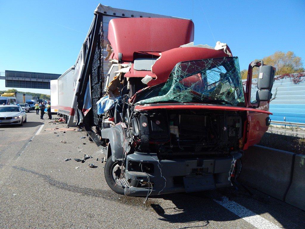 Feuerwehr Walldorf On Twitter Einsatz Verkehrsunfall Mit