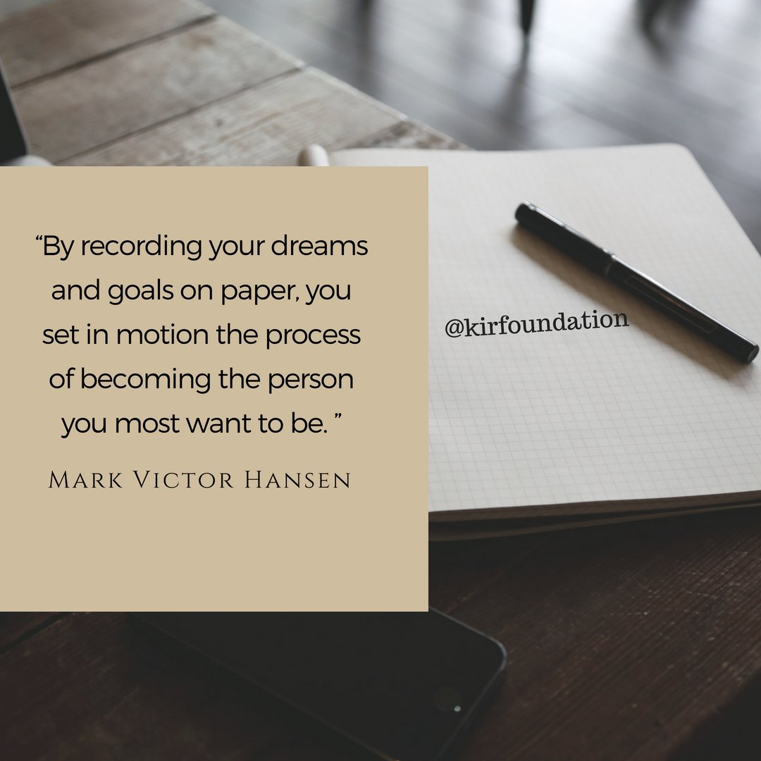 """By recording your dreams and goals on paper, you set in motion the process of becoming the person you most want to be."" —Mark Victor Hansen #FridayFeeling #BuenViernes #WorldSmileDay #WorldTeachersDay<br>http://pic.twitter.com/UVQSKGzKFK"
