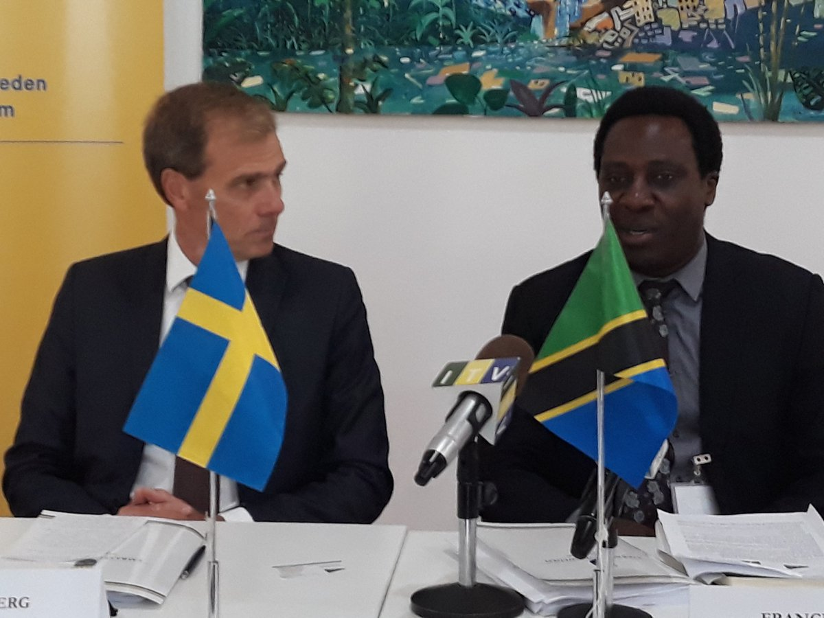 Happening now!  Foundation for Civil Society @FCSTZ signs a TZS 14billion contract with Embassy of Sweden @SwedeninTZ in #tanzania, to support civil society building in the country