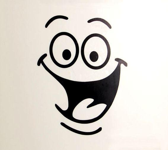 """#Światowy #Dzień #Uśmiechu""""  Bo twoja obecność sprawia że... - Co sprawia? - Że uśmiech na twarzy się pojawia😄🤗  KcL/B😘"""