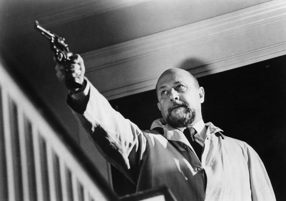 Watch Donald Pleasence (1919?995) video