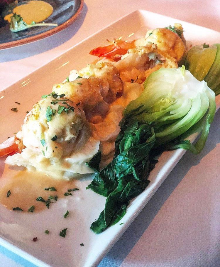 Our Crab Stuffed Gulf White Shrimp are a seafood lover's dream. Anyone else's mouth watering?  | @clecravings #FoodieFriday #Seafoodiepic.twitter.com/hLMKLxrR15