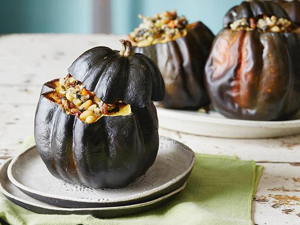 Have you seen acorn squash at the Market? Ever thought of stuffing it?  https://t.co/xZpC7BPtYX @FoodNetwork https://t.co/2HgBrzymLB