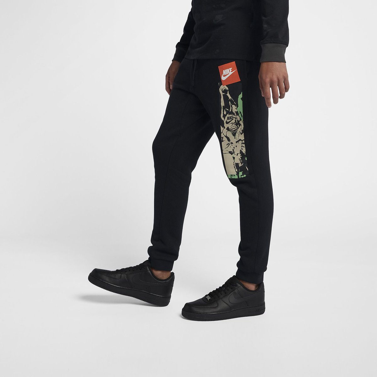 Nike Sportswear French Terry Joggers are now available BUY HERE   http   bit.ly 2E0xUSH pic.twitter.com OpopQAPyZe d90fe1c45