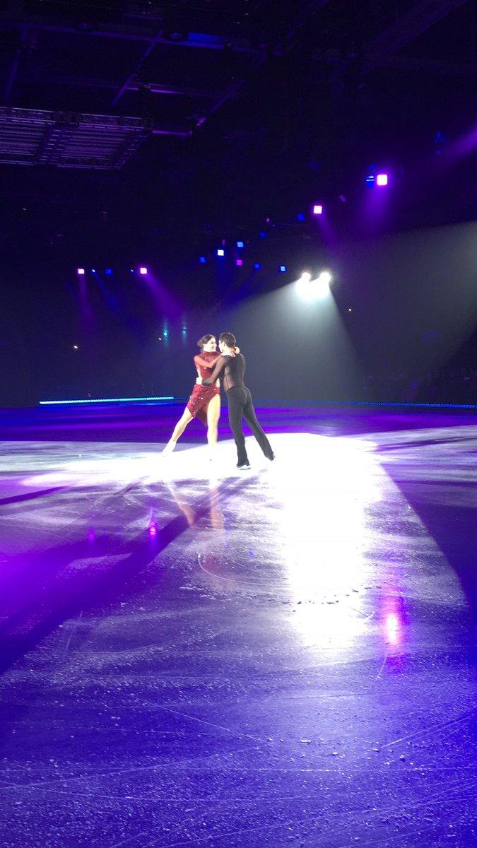 Ледовые шоу-5 - Страница 40 Doy7nILUcAEkug0