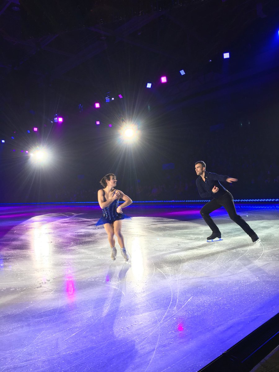 Ледовые шоу-5 - Страница 40 Doy95TvUwAAEw7f