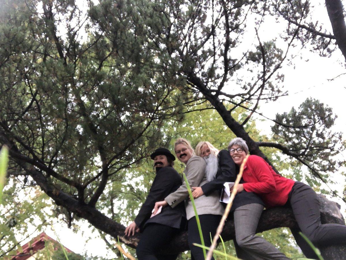 Awkward family photos tree branch