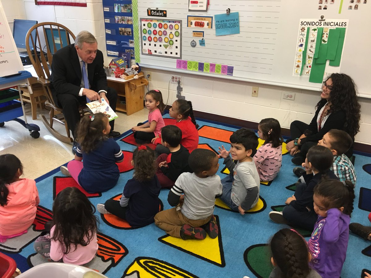 Yesterday I visited Ms. Gomez' pre-k classroom in Chicago. She's a @TeachForAmerica alum, adored by her students, and one of more than 800,000 Dreamers across the country whose future is uncertain due to this administration's reckless decision to end #DACA