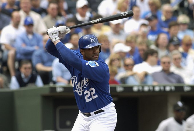 Happy Birthday to former Kansas City Royals player Juan Gonzalez(2004), who turns 49 today!