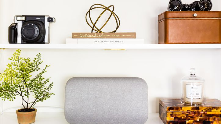 The complete list of Google Home commands so far https://t.co/NKTCUWkl7f