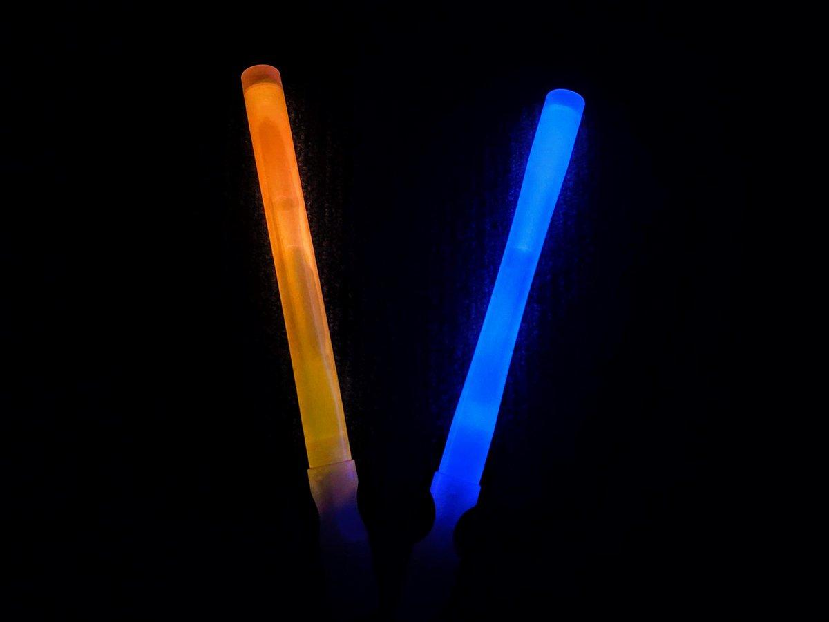 test ツイッターメディア - #HALLOWEEN まであと12日! #仮装 の準備はお済ですか? 暗いところで目立ちたいなら光るアイテムは必需品♪  #キャンドゥ #100均 #ハロウィン #ライト #夜 #光る #目立ちたい https://t.co/l9vrwadKAg