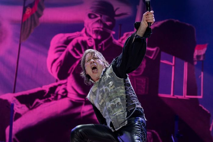 Iron Maiden's Bruce Dickinson an entertainer in every sense of the word.  He shares stories of being a frontman, and why he thinks the band has endured all these years  https://t.co/HGSQ0hf7WZ