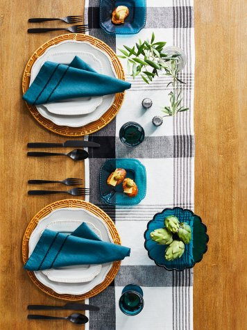 #GetThisLook: Create a chic #Fall tablescape with these gorgeous @Target finds>> https://t.co/6HWQRCOmr8