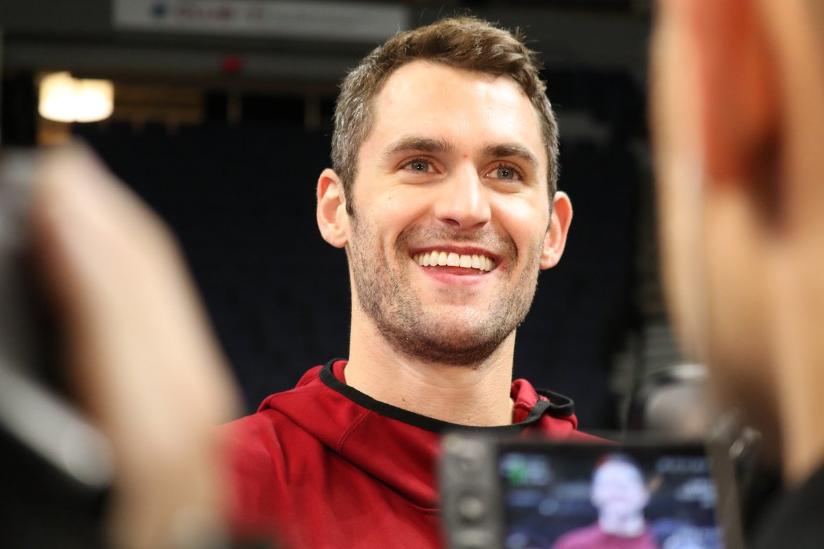 All smiles in Minnesota. Hear from @kevinlove as we get set for #CavsWolves → https://t.co/Qv8zqDo0nO