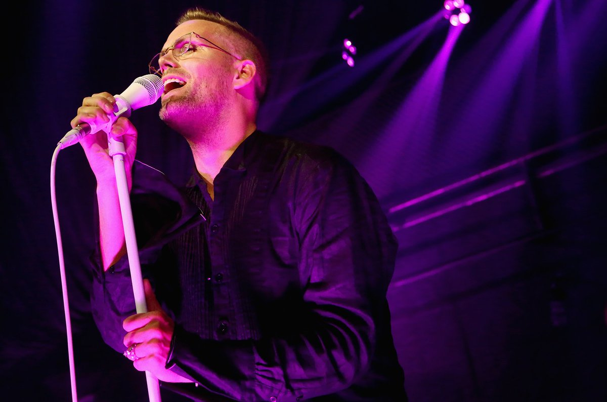 Justin Bieber co-writer Justin Tranter delivers punk rock rendition of 'Sorry' at #SpiritDay concert https://t.co/pRanTlFOEB