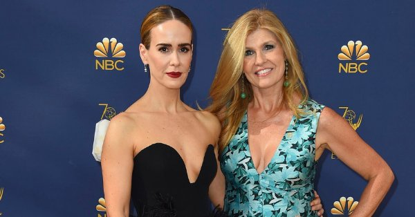 Connie Britton reveals what it was like having Sarah Paulson direct her in #AHSApocalypse https://t.co/QFpAJ5iNVh https://t.co/paq72ve8mh