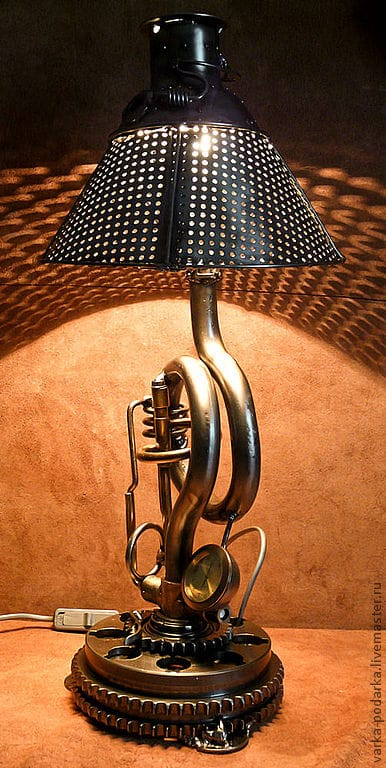 #Steampunk Table #Lamp with Clock and Timer #TableLamps #Diylighting #Handmadelighting #Lighting #Lightingdesign #Recycle #Tablelamp https://t.co/9HhFdvDQir