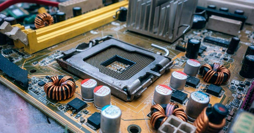 A beginner's guide to building your own PC https://t.co/GFRzXmwthf