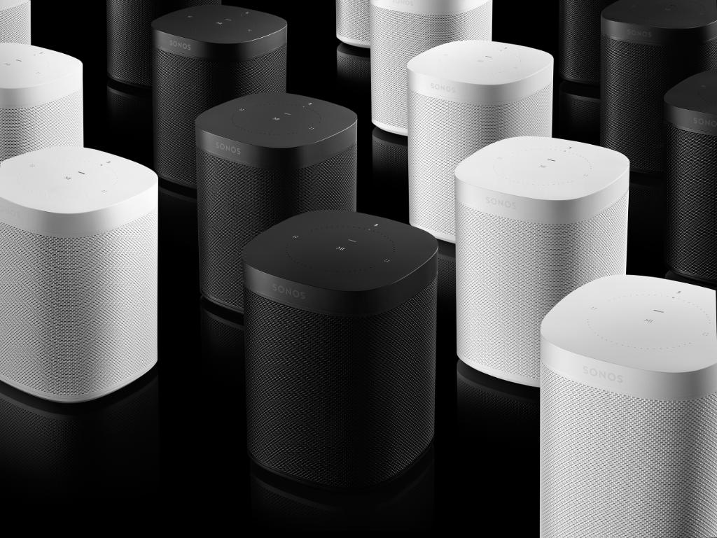 Learn the luminescent language of your Sonos speakers - a solid green light means the speaker is muted or at zero volume. Learn what other colors can tell you: https://t.co/wuIsWD0gOA Love my @Sonos speakers.
