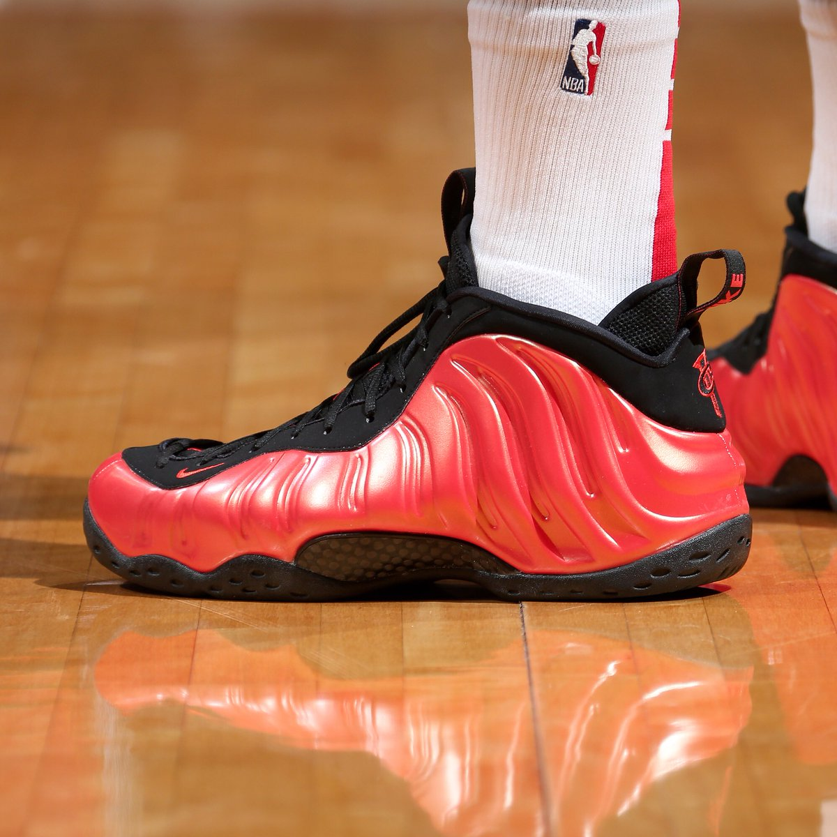 online store 5071e a2752 solewatch keefmorris in the habanero red nike air foamposite one ned dishman