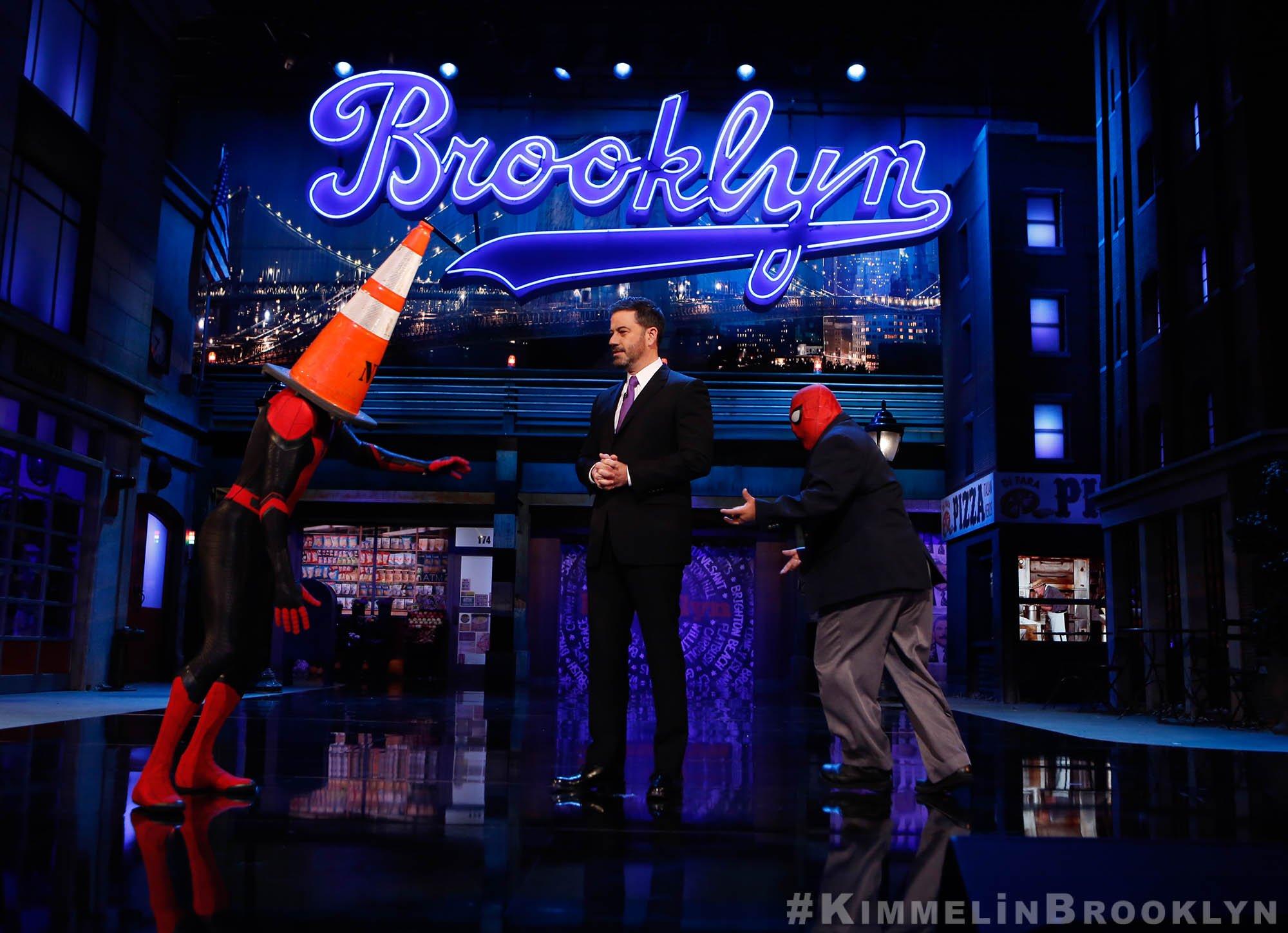 We saw double on tonight's @JimmyKimmelLive. WATCH: https://t.co/WhvbOSDoFm ��️ https://t.co/MyPOrNB57K
