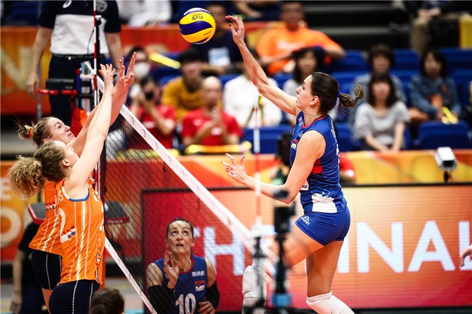 Relive the semifinal duel between Serbia🇷🇸 @ossrb  and Netherlands🇳🇱 @Volleybaldames, who fought for the #FIVBWomensWCH final earlier today!💪🏐 Serbia🇷🇸 claimed the final victory, getting a chance to fight for 🥇 tomorrow!   #volleyball #volleyballWCHsWCHs