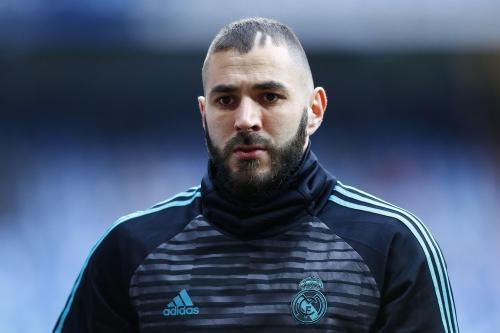 Football - Des proches de Benzema soupçonnés d'être impliqués dans une tentative d'enlèvement https://t.co/Ag1FyNu3nL