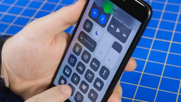 This is why your iPhone's battery dies so quickly https://t.co/8BMDnP5gcK
