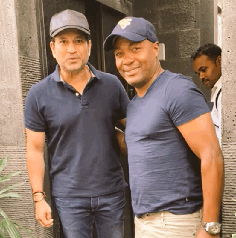 Great way to welcome the weekend ... surprise visit from a good friend. Chillin' with @BrianLara 😉 #FridayFun