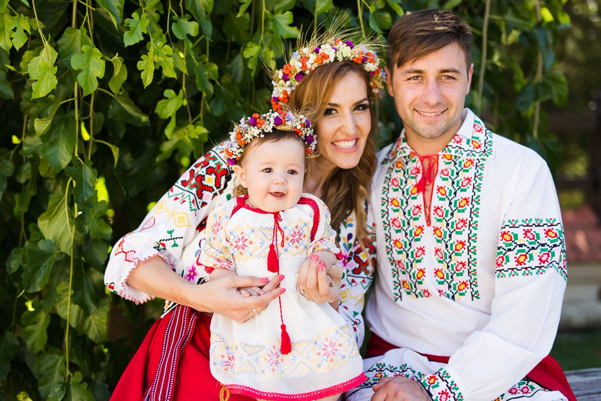 krasivaya-ukrainskaya-para-rassmotret-pizdu-u-pyanoy-babi-video