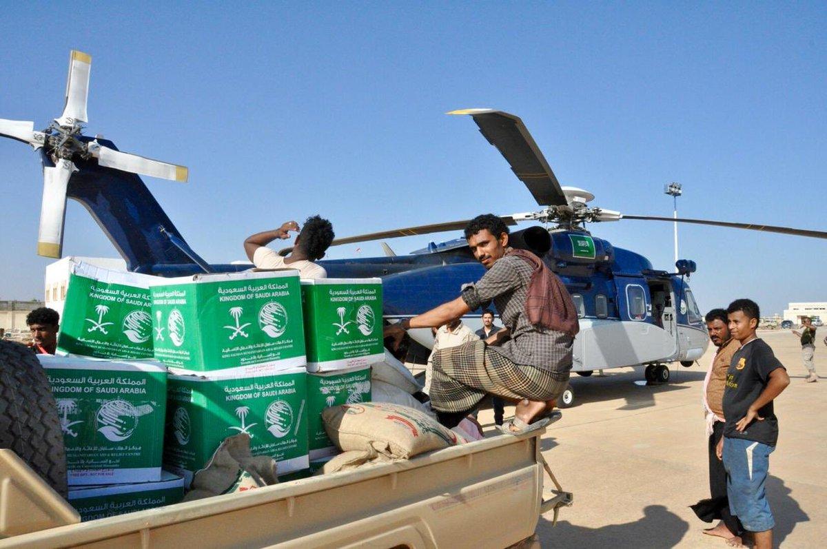 #مركز_الملك_سلمان_للإغاثة يواصل توزيع المساعدات العاجلة للمتأثرين بإعصار #لبان في #المهرة