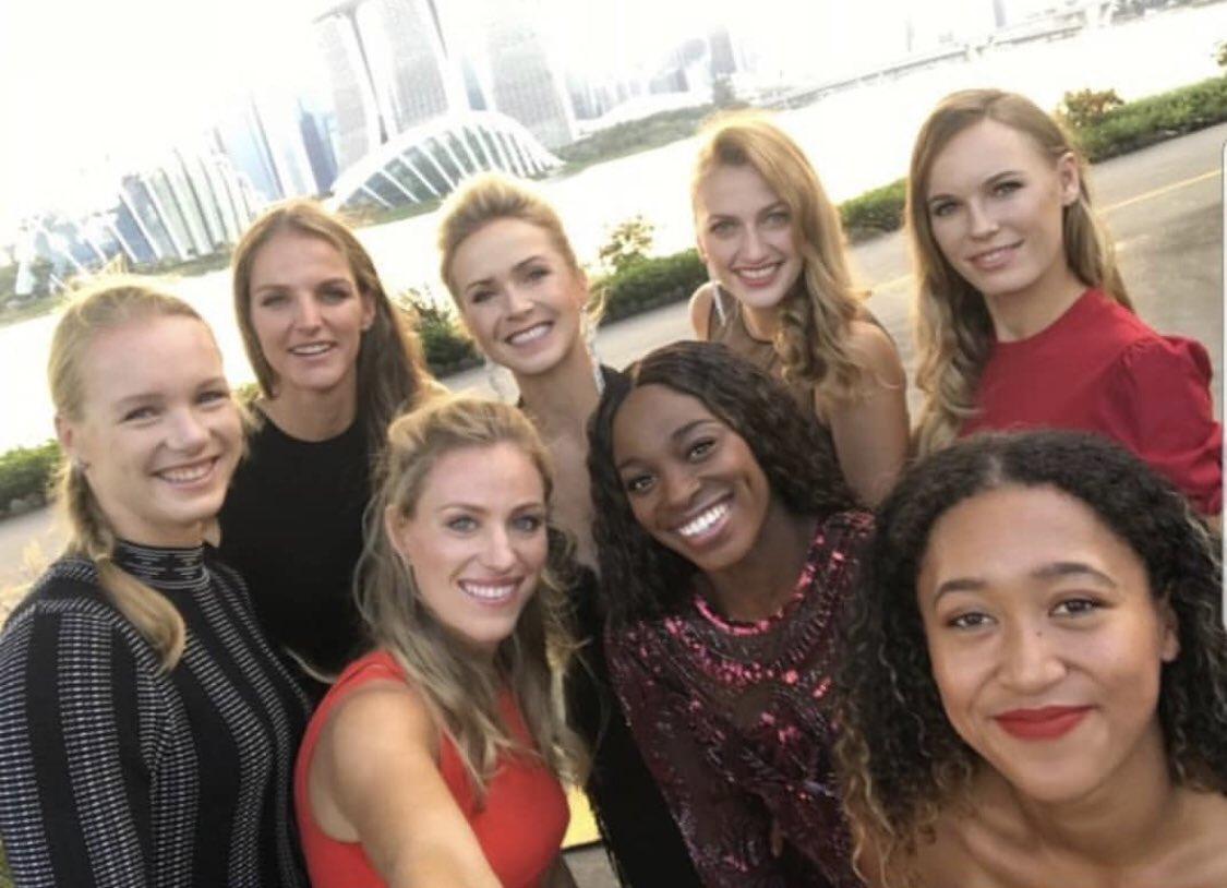 Caroline Wozniacki  - Final 8! yearendchampionships singapore twitter @CaroWozniacki